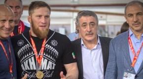 Анзор Болтукаев бронирует билет в Бразилию