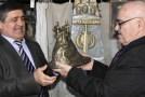 Известный скульптор восстановил приз Руслана Бадалова