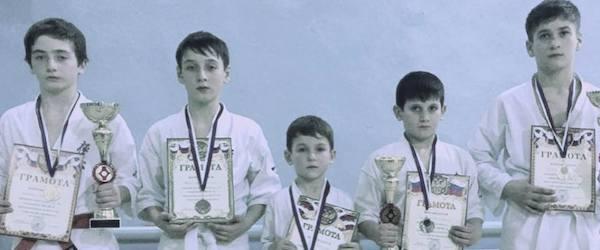 Каратисты из Нойбера на турнире в Дагестане