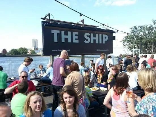 Boat Race 2016 The Ship Pub W T Author