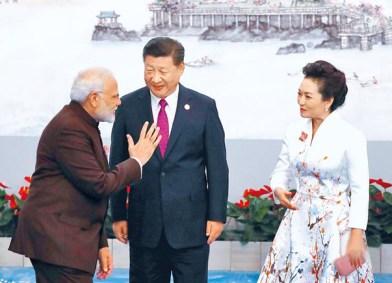 習近平伉儷與印度總理莫迪