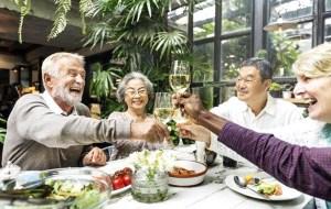 想過優渥一點的養老退休生活,現在就開始準備。時間不等人,錢也不等人,不管有上班或沒上班的人,趕緊趁早行動攢養老金吧!