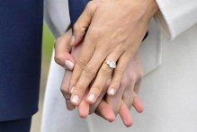 哈利王子設計的訂婚戒