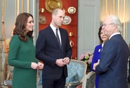 威廉王子和凱特王妃與諾貝爾獎得主交談