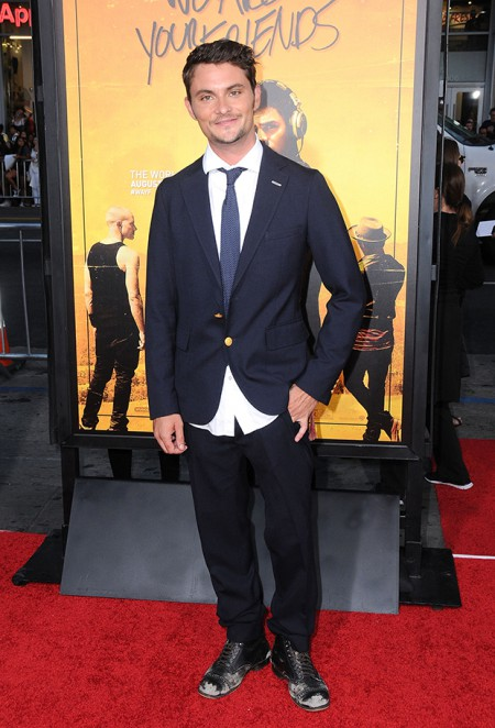 HOLLYWOOD, CA - AUGUST 20: Actor Shiloh Fernandez attends the Premiere of Warner Brothers Pictures' 'We Are Your Friends' at TCL Chinese Theatre on August 20, 2015 in Hollywood, California. (Photo by Barry King/Getty Images)