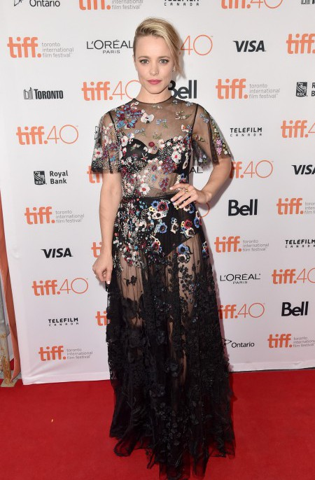 """TORONTO, ON - SEPTEMBER 14: Actress Rachel McAdams attends the """"Spotlight"""" premiere during the 2015 Toronto International Film Festival at the Princess of Wales Theatre on September 14, 2015 in Toronto, Canada. (Photo by Alberto E. Rodriguez/Getty Images)"""