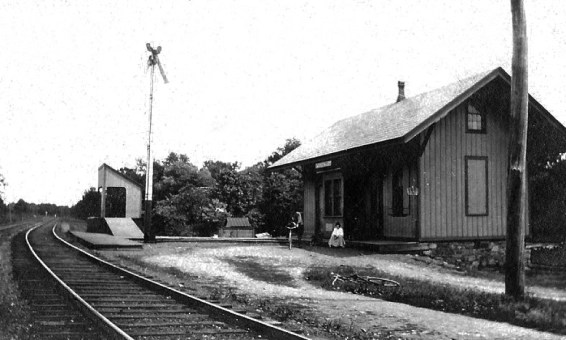 Located on Middle Valley road not far from the South Branch of the Raritan River, this station was one of four train stations in the valley. It served a 1.3 mile spur, the shortest in New Jersey, which serviced the Middle Valley Trap Rock and Mine Company.