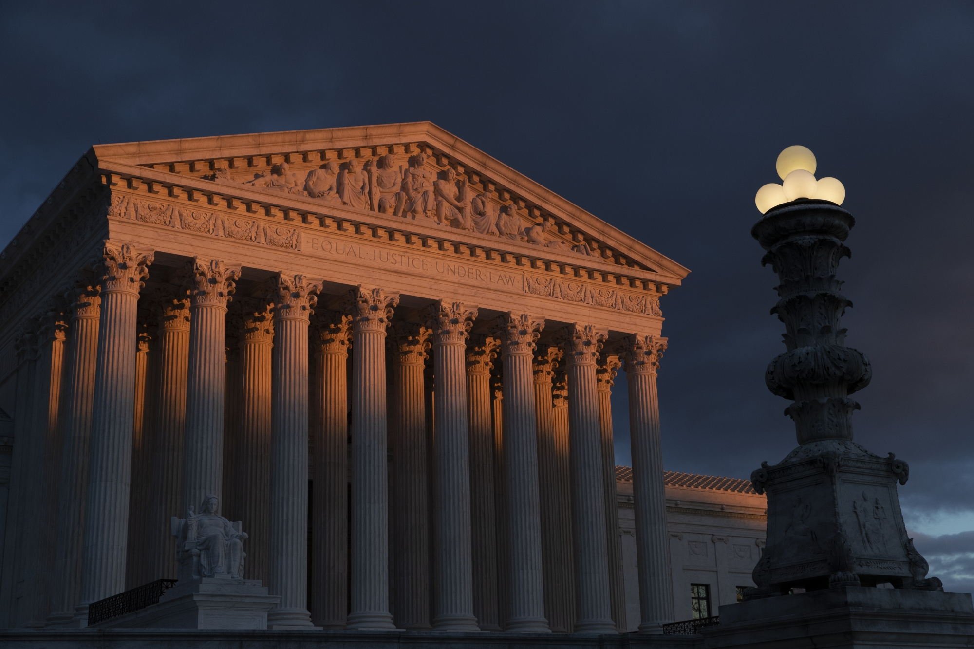 Supreme Court Staying Out Of Actor S Empire Lawsuit
