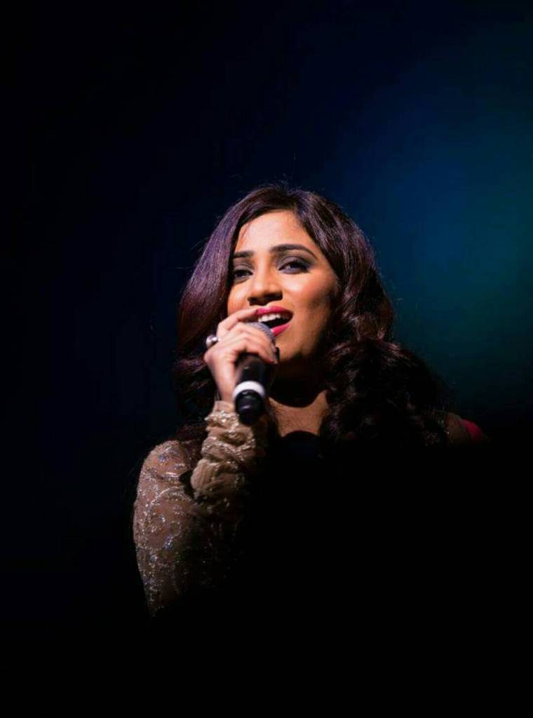 Shreya ghoshal whatsapp dp