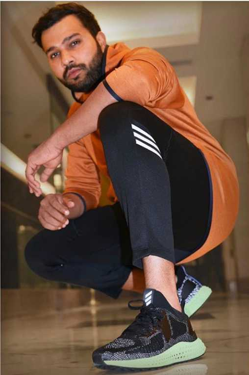Latest rohit sharma images download for whatsapp dp