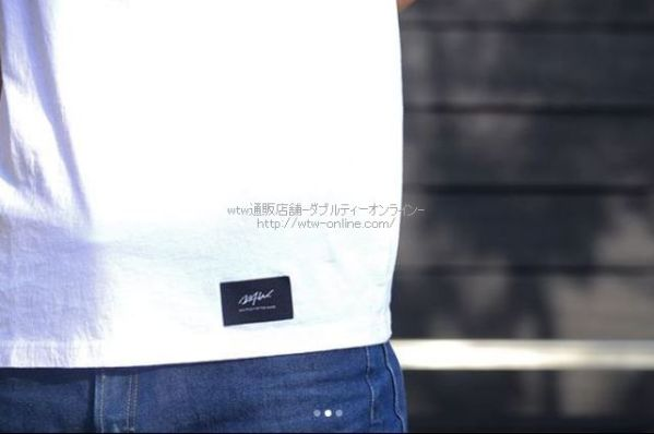 wtw-basic-pocket-tee