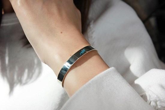 wtw-silver-bangle-blue