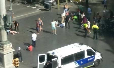 Breaking: White Van hits tourists in Las Rambla, Spain Barcelona