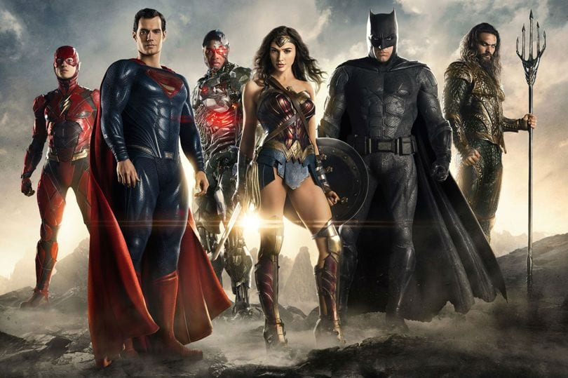 The Cast of Justice League - All the Superheros are back to kick the DC Comics into gear