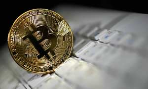 Bitcoin & Ethereum both fall and stand to lose all their gains in 2018