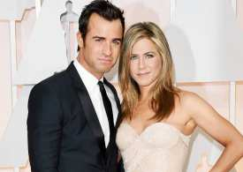 Jennifer Aniston leaves her husband Theroux after 2 yrs of marriage