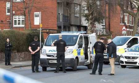 Manchester-police-officer-injured in sword-attack