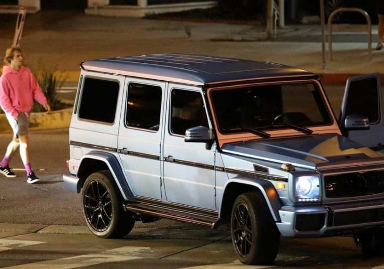 Justin Bieber involved in a car crash in Hollywood