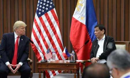 Donald Trump and Rodrigo Duterte_in Manila 2017 sharing stories