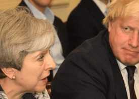 Boris Johnson quits to add to pressure on May over Brexit - Government in Meltdown!