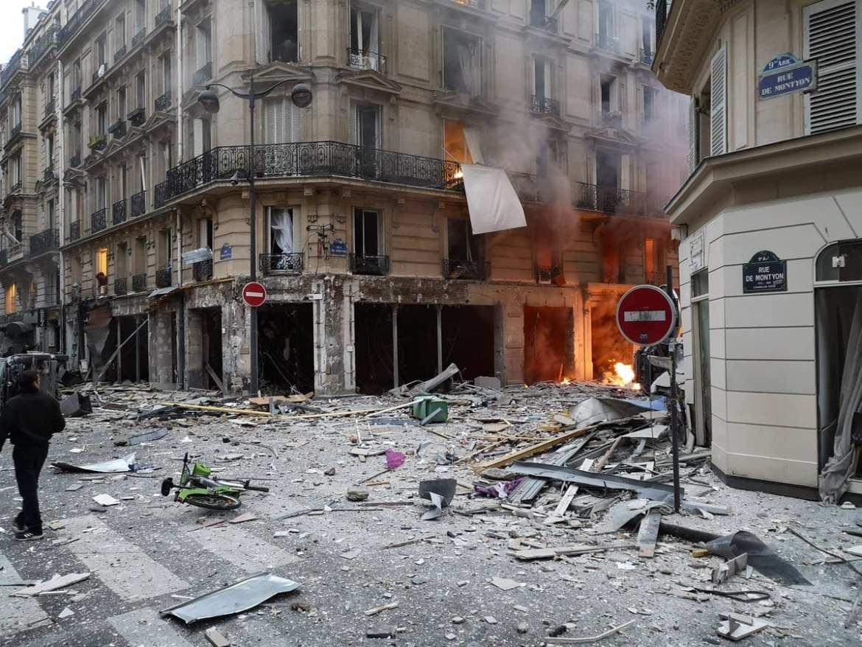 #GiletsJaunes #Explosion #Paris