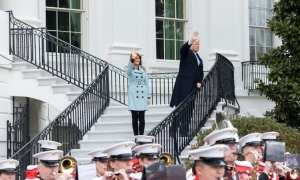 White House - The president and first lady on the south Balcony