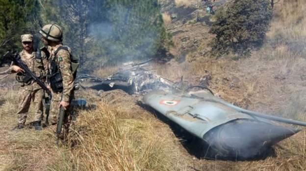 Indian plane shot down in Pakistan