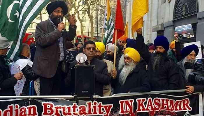 Sikhs & Kashmiris attacked in London by Hindu extremist