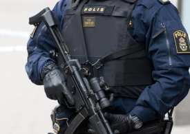 Swedish Police shoot a man threatening to detonate a bomb at station