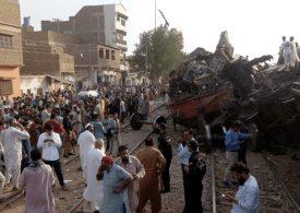 Train collision in Pakistan kills three & injures more than 20