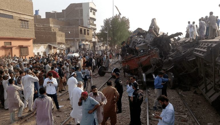 Train collision in Pakistan kills three & injures more than 20