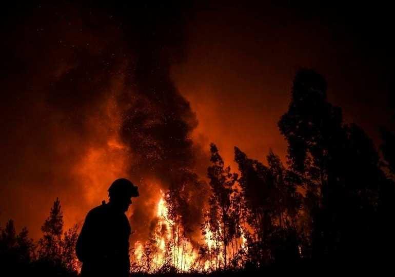 Breaking: 1000 firefighters battle Portuguese Wildfire
