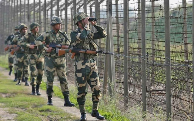 Latest: Tension in Kashmir As Chinese workers evacuated after Indian forces open fire on Pakistani area
