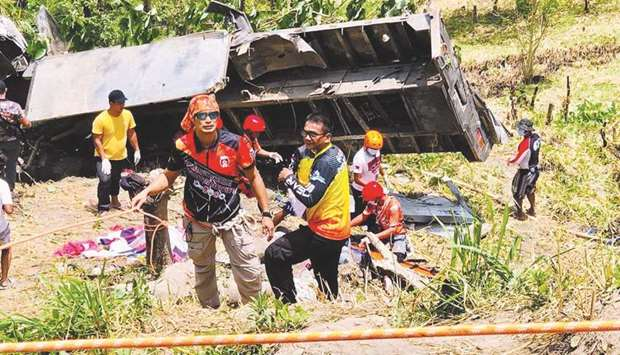 20 killed- inc children as a truck Plummets into a Ravine
