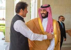 Imran Khan holds talks Saudi Arabia's Crown Prince in Jeddah