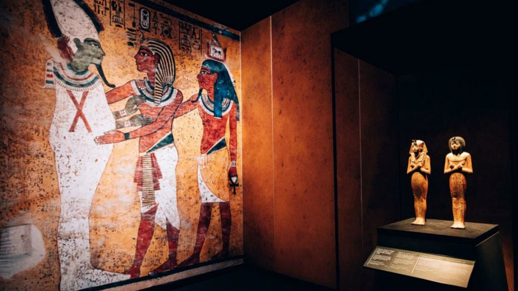 Tutankhamen-Major global exhibition in Paris breaks visitor record to over 14 million