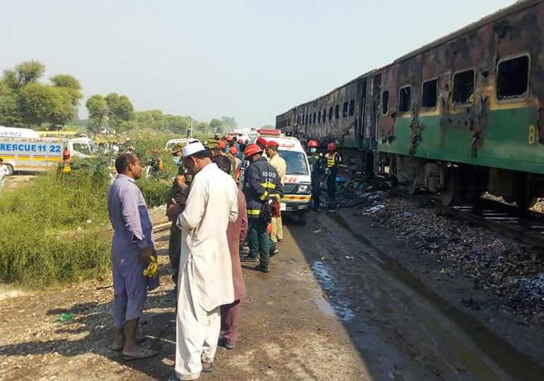 Death toll from Pakistan train fire rises to 73