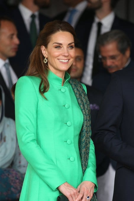 Prince William and Kate in Pakistan Meeting Pakistani PM Imran Khan