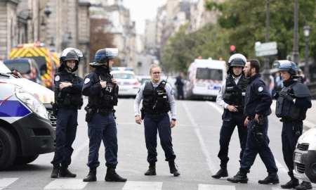 Paris knife attack: Four killed at Paris police headquarters