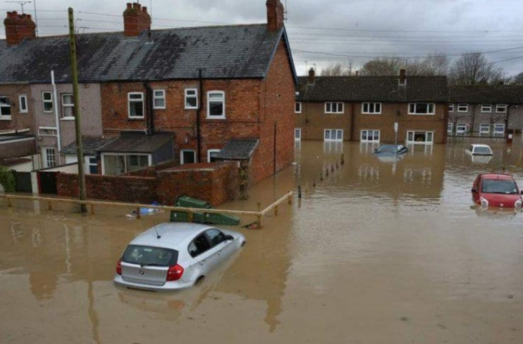 England flooding: Army to be sent to affected communities