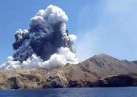 Daily News Briefing: White Island Volcano erupts - Golden Globe list faces backlash & Chilean military plane disappears