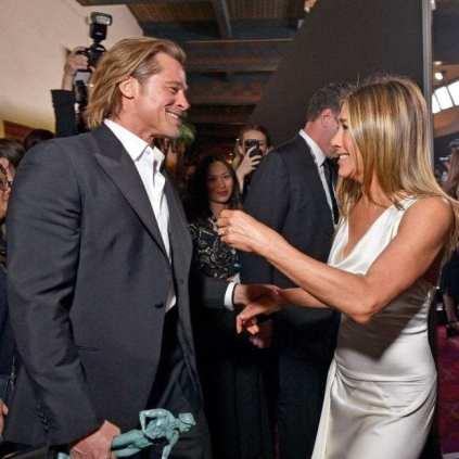 brad and jen reunite at SAG awards