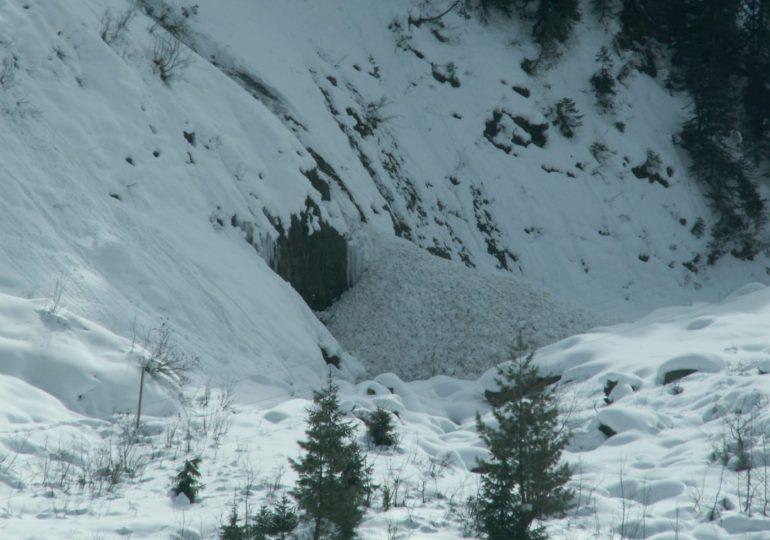 extreme weather in Pakistan kills 73
