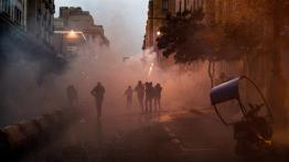 lebanons anti-gvt protest turns violent