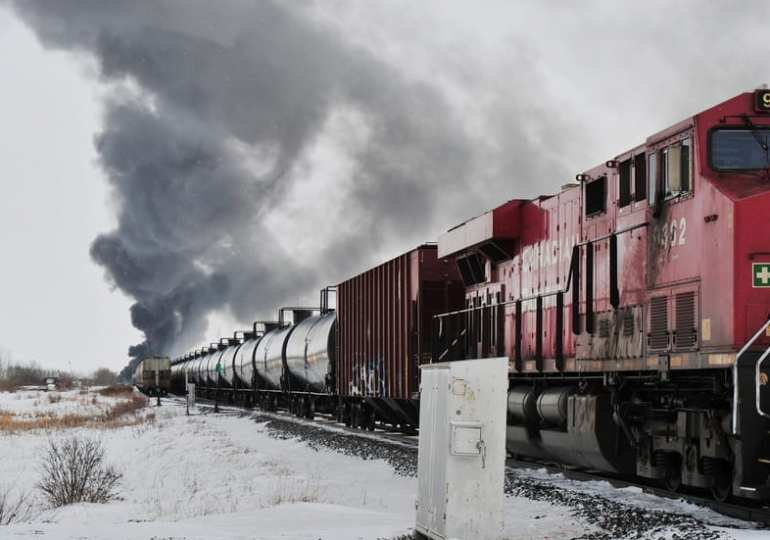 train crash in Canada