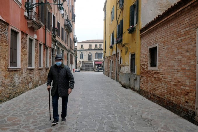 Italy may ban all outside activities, due to nation ignoring lockdown rules