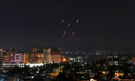 Israeli Missiles strikes have killed 5 Syrians in Damascus.