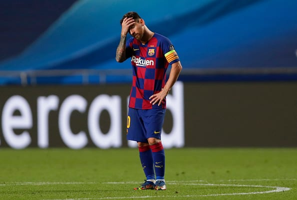 Messi hands in transfer request