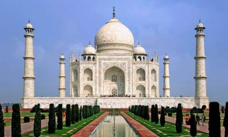 Taj Mahal reopens despite India's Covid-19 cases soaring