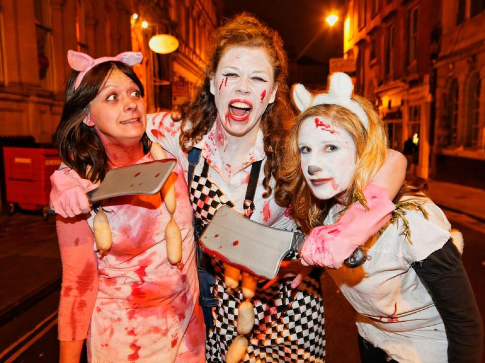Brits dress up for Halloween in traditional Halloween costumes